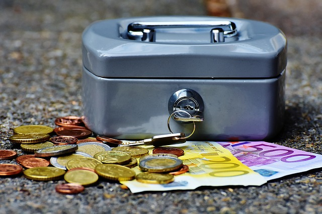 Before moving to Europe organize your finances